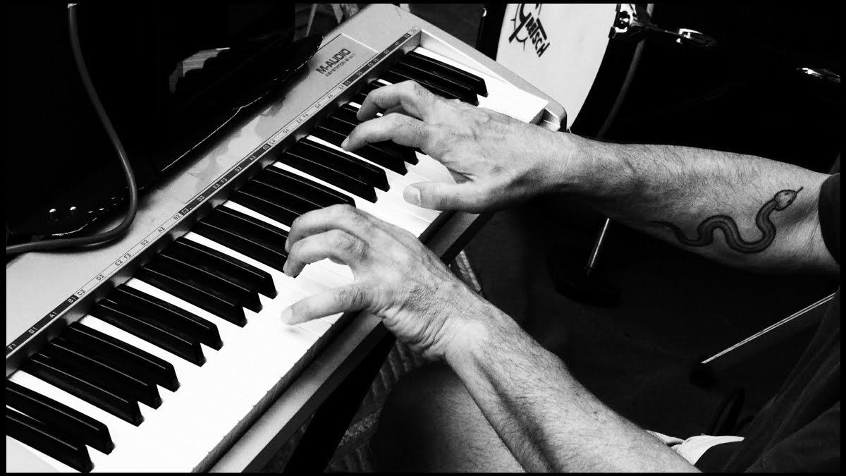Top 6 Best Arranger Keyboards